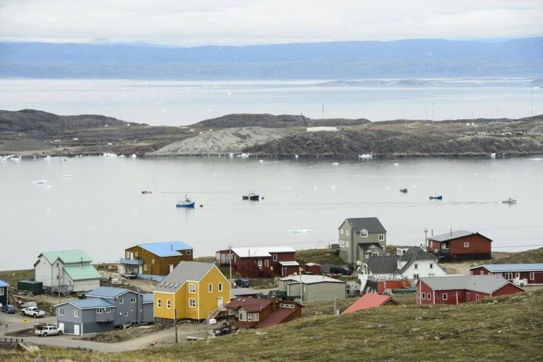 Nunavut confirms 1st COVID-19 case in Iqaluit, orders closures in capital city