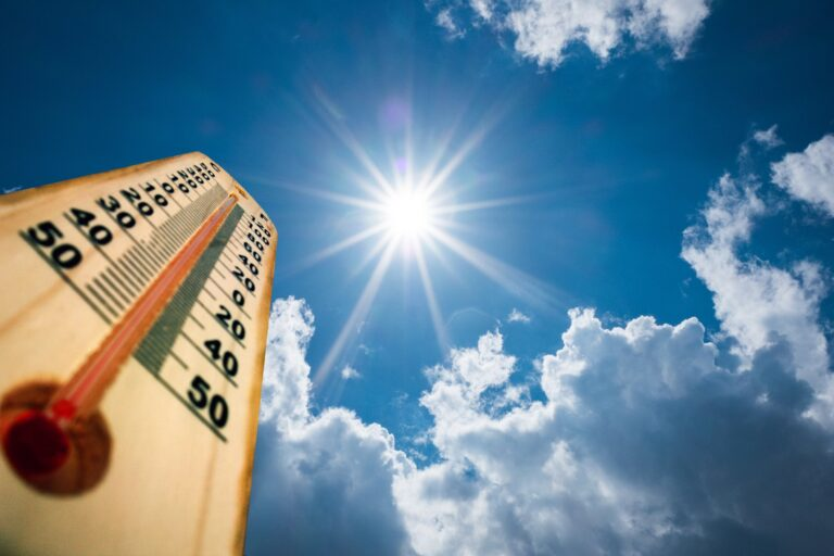 'Dangerous long-duration heatwave' in B.C. has experts urging caution